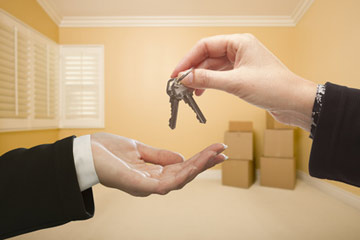 Renting a home with a residential lease agreement